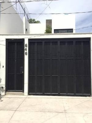 Se Vende Casa En Col. San Isidro Ejidal, Zapopan, Jal.