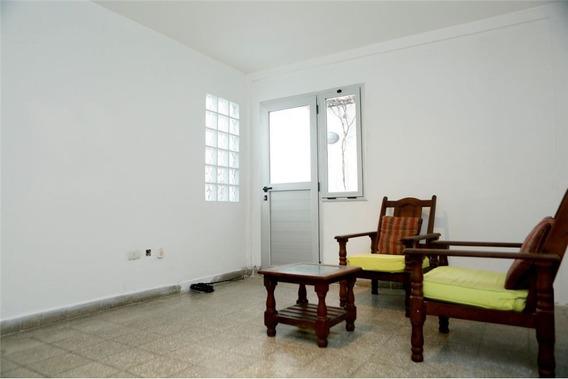Ph En Venta De 2 Dormitorios Con Patio Y Parrilla