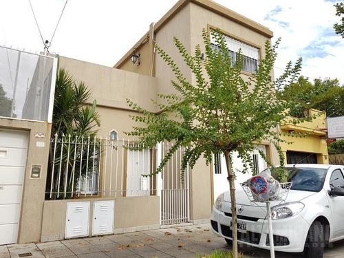 Casa - S.andres, P/h Tres Ambientes Con Cochera.