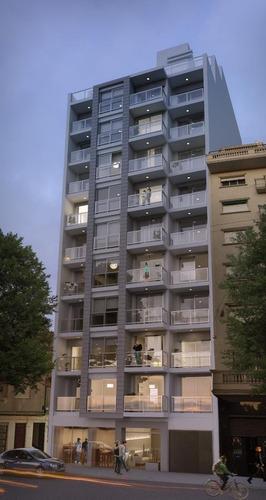 Apartamento  Centro Vendo 2 Dormitorios  (montevideo)