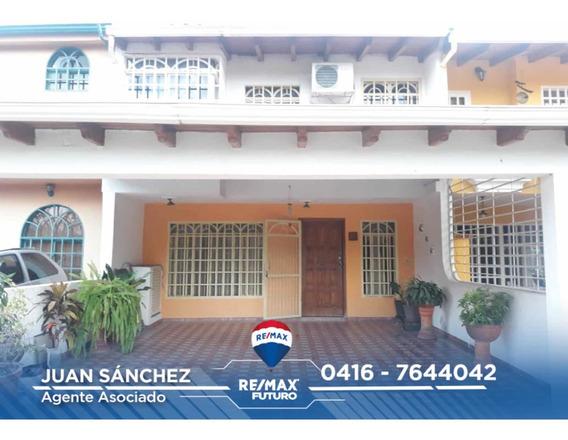 Se Alquila Bella Casa Conjunto Privado En La Machiri