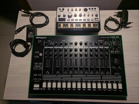 Roland Tr-8 + Volca Bass
