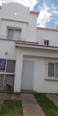 Casa En Venta, Fracc. Villa Sur