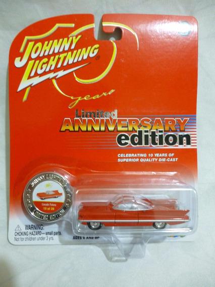 Johnny Lightning 1955 Lincoln Futura - J P Cars