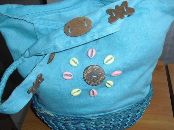 Bolsa De Palha E Tecido Azul Com Aplicação E Alça De Ombro