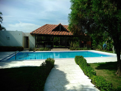 Amplia Villa En Alquiler En Metro Country Club