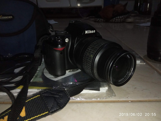 Camera Nikon D3000 + Lente 18-55