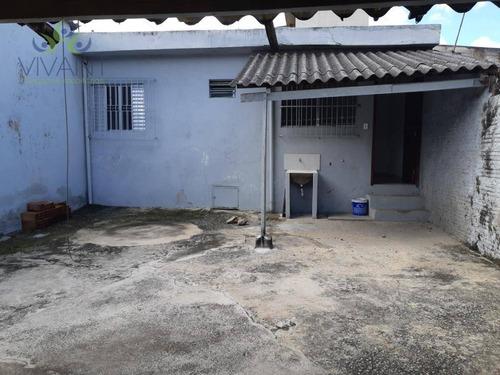 Casa De 2 Dormitórios Com Amplo Quintal Sem Vaga De Garagem - Localizada No Centrinho Do Bairro Jardim Cacique - Ca0289