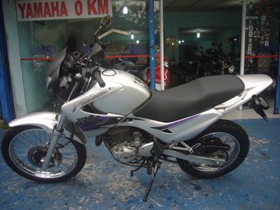 Honda Nx 400 Falcon Prata 2001 R$ 7.999 Troca