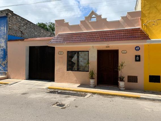 Casa En Venta Cerca Del Parque De La Iberica