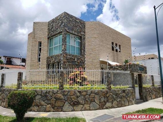 Casas En Venta 19-14775 Joxuel Rincon 04127171572