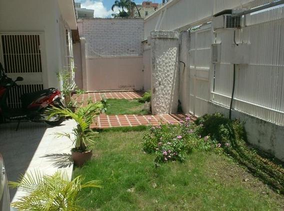 Casa En Venta En Bqto. El Este Al 19-10607