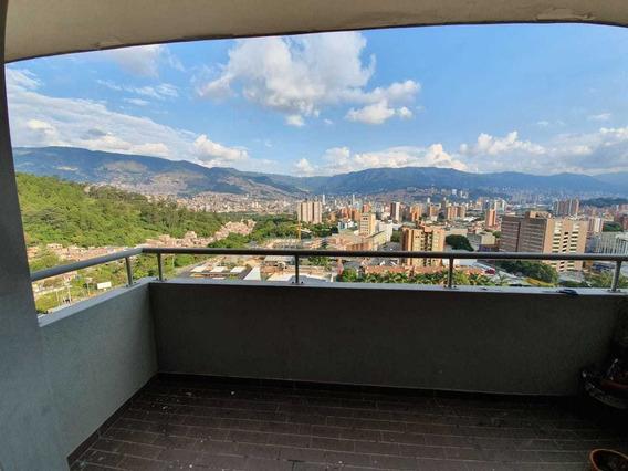 Apartamento En Venta Colores , Medellin
