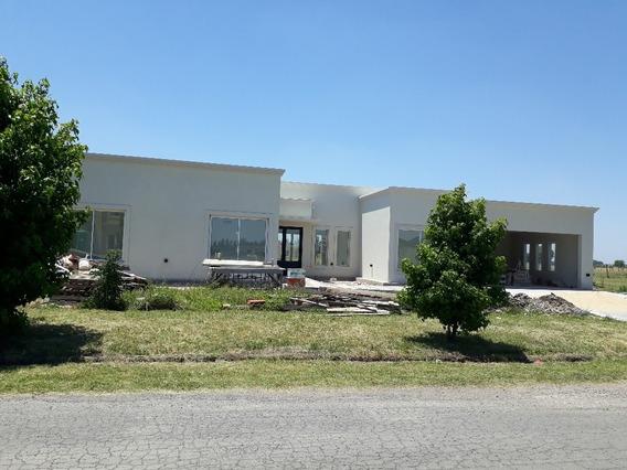 Casa En Fincas Del Alba!!! Un Regalo!!! 4 Dormitorios!!