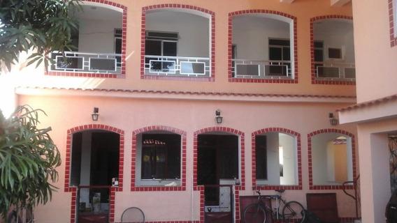 3 Casas E 1 Quitinete