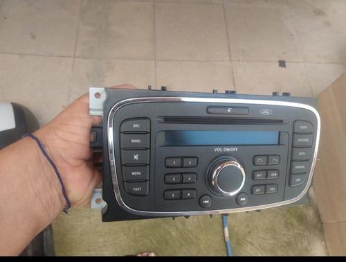 Imagem 1 de 1 de Radio Original Focus 2009 ....