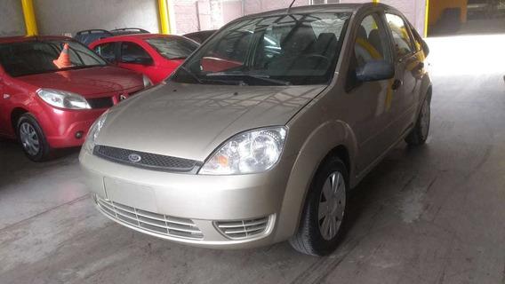 Ford Fiesta Max Ambiente 1. 6 Nafta