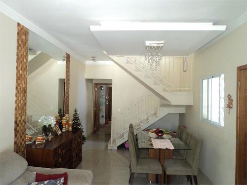 Imagem 1 de 30 de Lindo Sobrado Com 3 Dormitórios Amplos - Reo461272