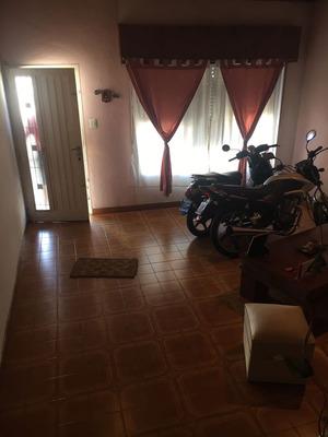 Casa 3 Amb. Y Depto En Villa Libertad !! San Vicente 5500