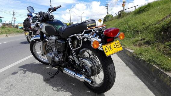 Kawasaki W800 Tipo Royal Enfield