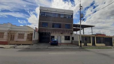 Hotel En Venta En El Oeste De Barquisimeto Lara 20-7462