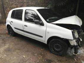 Renault Clio 1.2 16v Chocado Dado De Baja Definitiva