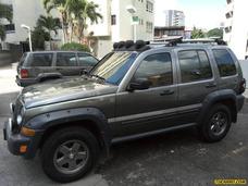 Jeep Renegado Techo Duro - Sincronico