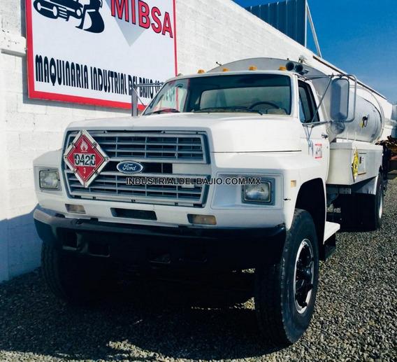 Camión Petrolero Ford Internacional Kenworth Freightliner