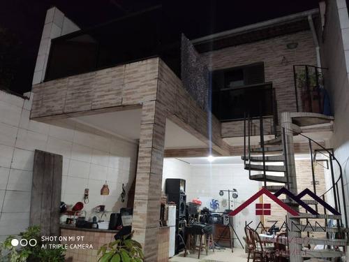 Casa - 3 Dormitórios Com Suíte Em São Vicente - 4067