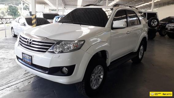 Toyota Fortuner Sport Wagon 4x4 Automatica