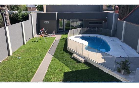 Casa 6 Amb Lote 12x45mts C/jardin Quincho/ Pileta