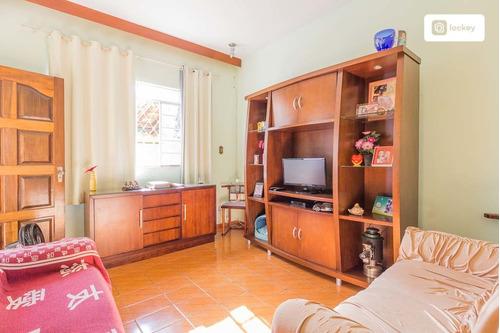 Aluguel De Casa Com 220m² E 3 Quartos  - 31912