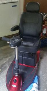 Triciclo Motorizado Da Marca Kapra , Modelo Revo
