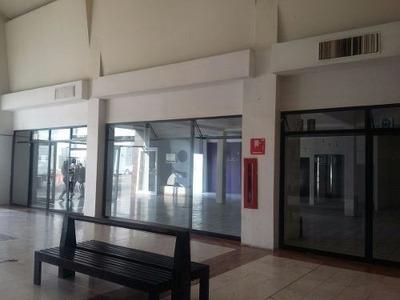 Local En Venta En Plaza Galerias Salamanca, Gto.