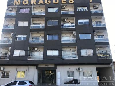 Cochera En Venta Y Alquiler En La Plata Calle 33 E/ 29 Y 30 Dacal Bienes Raices