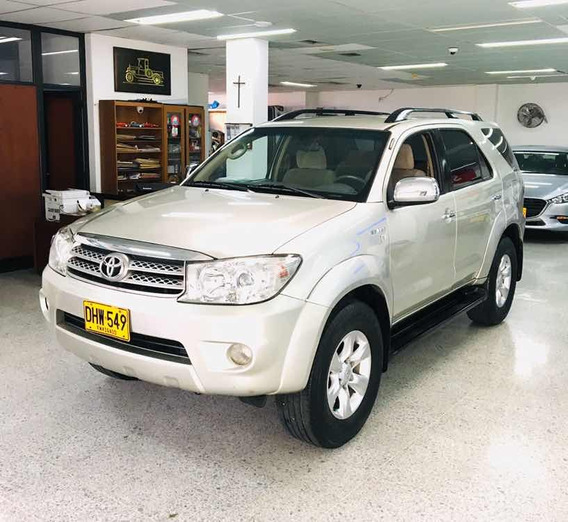 Toyota Fortuner 2.700cc At 4x4