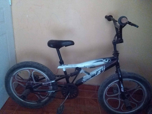 Imagen 1 de 3 de Vendo Bicicleta Bmx En Un Buen Estado Para Su Uso.