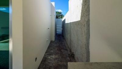 Preciosa Casa De 1 Planta En Santa Rita Cholul, Te Regalamos La Cocina Vestida