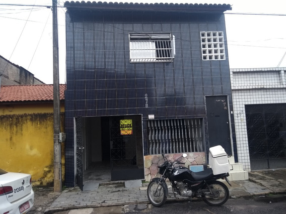 Ca1080-aluga Casa Aerolândia, 2 Quartos, 1 Vaga, 100m²