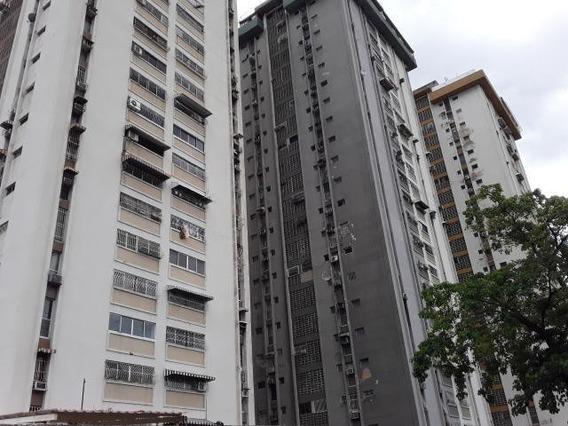 Apartamento En Venta. Maracay. Cod Flex 20-8109 Mg