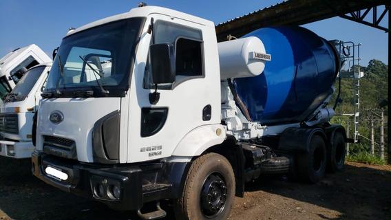 Ford Cargo 2629 Betoneira Liebherr 6x4 Ano 2013