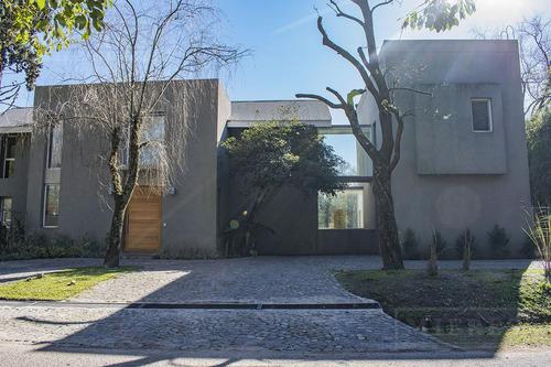 Excelente Casa En Carmel C.c