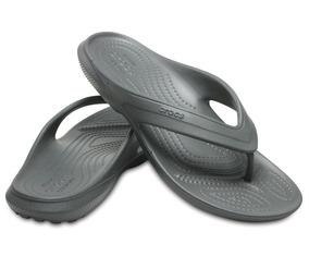 Crocs, Sandalia Unisex, Clasic Flip Gris