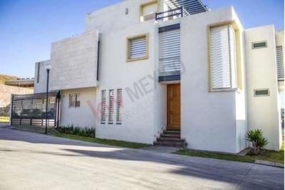 Casa En Renta En Fracc. La Vista Con Baño Completo En Planta Baja. $25,000.00