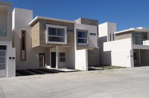 Casa Nueva En Venta Fracc. Vistalta, Boca Del Rio, Veracruz
