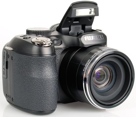 Camara Fuji Film Finepix S2980 + 2 Memorias 4gb C/u + Forro