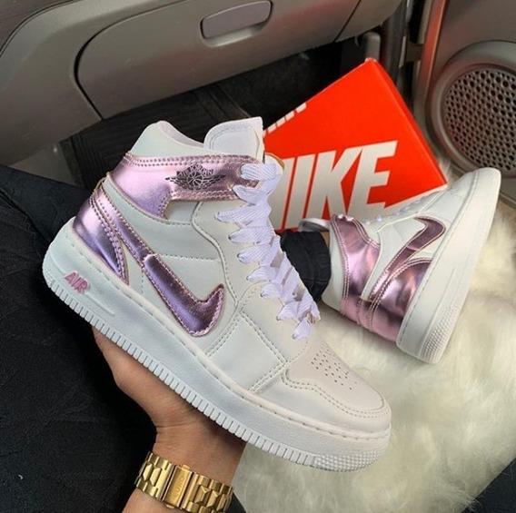 Tênis Nike Air Jordan 1 Rosa Holográfico