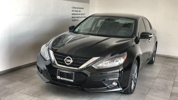 Nissan Altima 4 Puertas