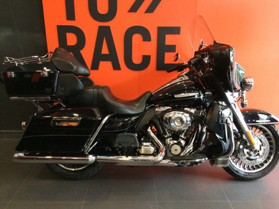 Harley Davidson - Electra Glide Ultra Limited - Preta