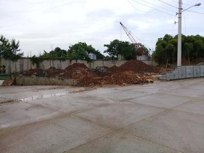 Nave Industrial En Fase De Construccion En Autopista Duarte